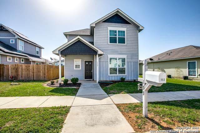 153 Lark Hill Rd, Floresville, TX 78114 (MLS #1514573) :: Carolina Garcia Real Estate Group