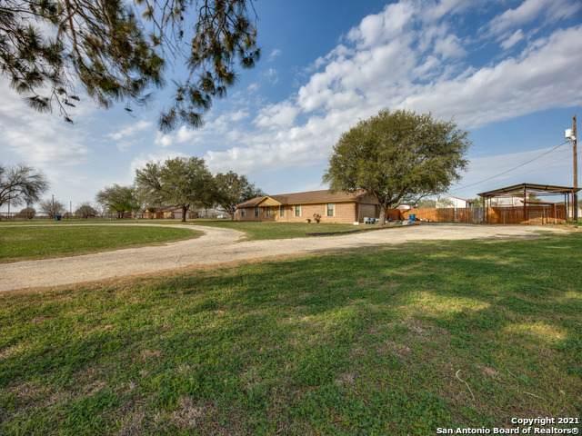 118 Pulliam Dr, Pleasanton, TX 78064 (MLS #1514885) :: Williams Realty & Ranches, LLC