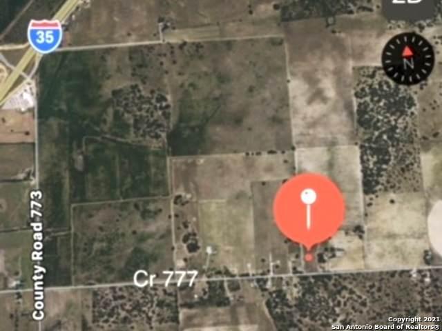 975 #2 County Road 777, Devine, TX 78016 (MLS #1515085) :: Exquisite Properties, LLC