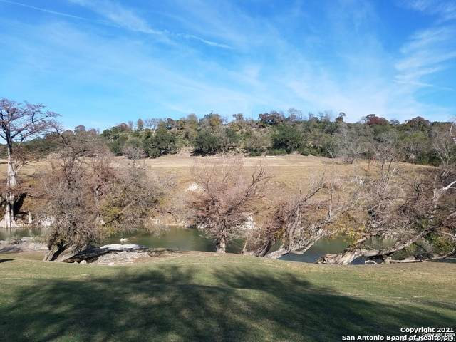 107 Sunrise Dr, Boerne, TX 78006 (MLS #1515198) :: The Real Estate Jesus Team