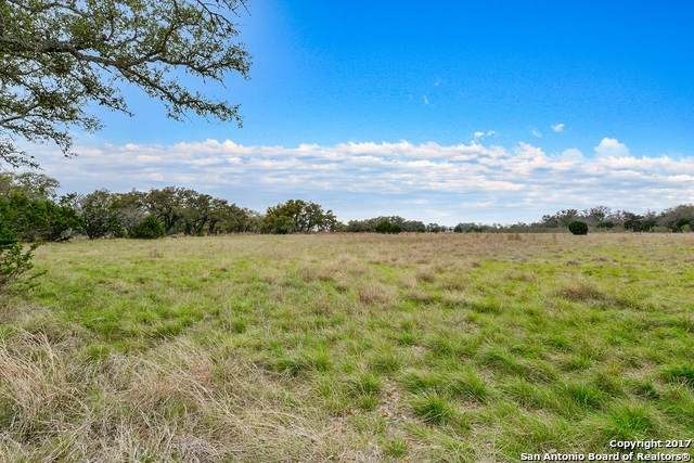 LOT 17 A Vaquero Dr, Pipe Creek, TX 78063 (MLS #1515447) :: Real Estate by Design