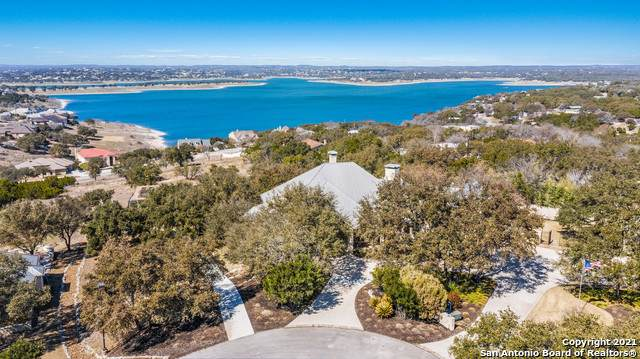 333 Emory Ct, Canyon Lake, TX 78133 (MLS #1515707) :: 2Halls Property Team | Berkshire Hathaway HomeServices PenFed Realty