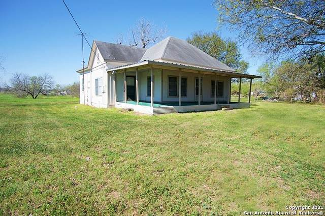 300 Line St, Nordheim, TX 78141 (MLS #1515727) :: Williams Realty & Ranches, LLC