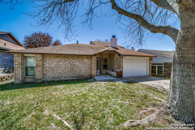 7806 Forest Ranch, Live Oak, TX 78233 (MLS #1515816) :: BHGRE HomeCity San Antonio