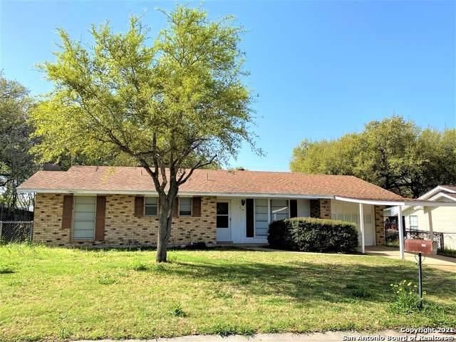 319 Mockingbird Ln, Devine, TX 78016 (MLS #1515835) :: The Lugo Group