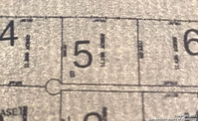 975 #5 County Road 777, Devine, TX 78016 (MLS #1515975) :: Exquisite Properties, LLC