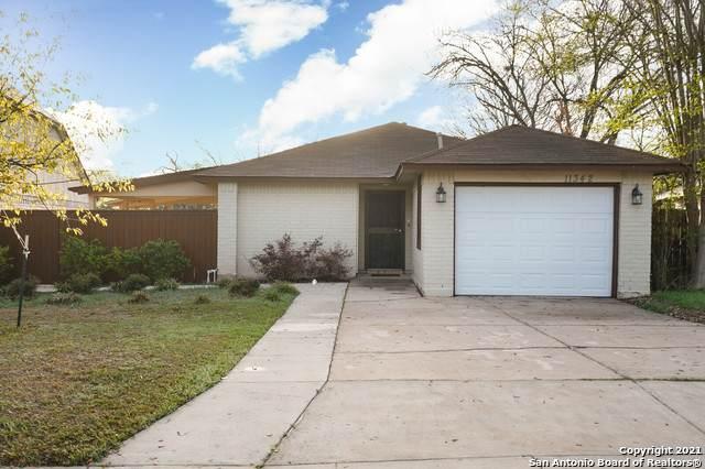 11342 Hatchet Pass Dr, San Antonio, TX 78245 (MLS #1516110) :: Keller Williams City View