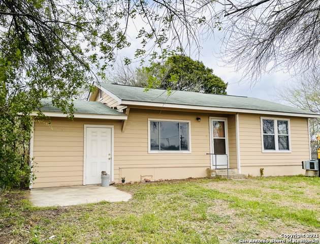 15321 Adams St, Lytle, TX 78052 (MLS #1516465) :: Real Estate by Design