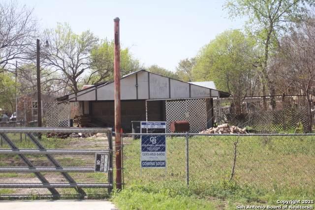 5412 Gavilan Dr, San Antonio, TX 78242 (MLS #1516586) :: The Lugo Group