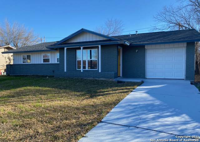 7822 Airlift Ave, San Antonio, TX 78227 (MLS #1516655) :: The Lopez Group