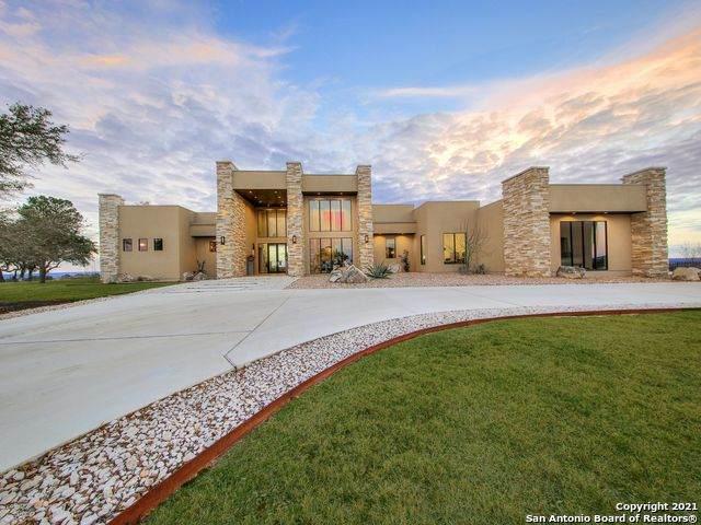 114 Painted Sky, Comfort, TX 78013 (MLS #1516727) :: Sheri Bailey Realtor