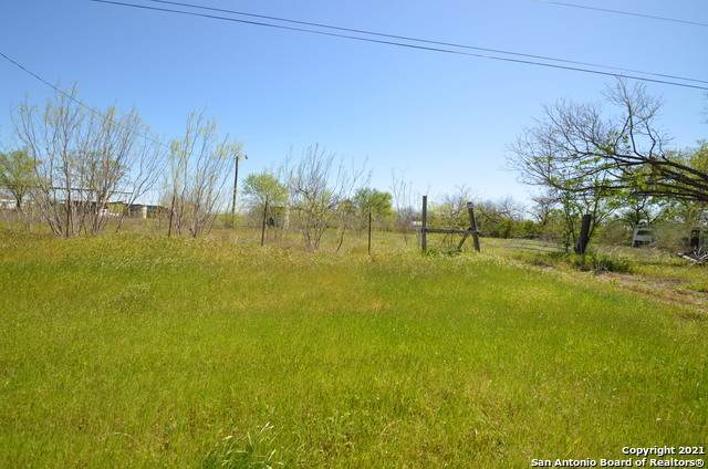 18550 Kinney Rd, Von Ormy, TX 78073 (MLS #1516750) :: Real Estate by Design