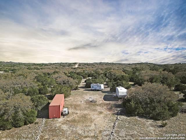 60 Tract Pinion Ranch, Rocksprings, TX 78880 (MLS #1516776) :: Tom White Group