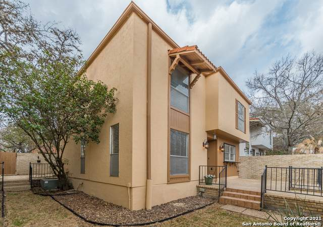 11311 Hollow Tree St, San Antonio, TX 78230 (MLS #1516915) :: Williams Realty & Ranches, LLC