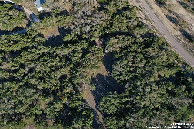 1121 Northlake Dr, Lakehills, TX 78063 (MLS #1517054) :: Williams Realty & Ranches, LLC