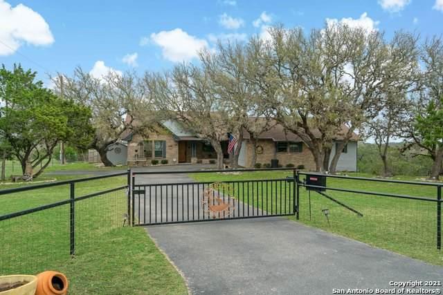 354 Thoroughbred Ln, Spring Branch, TX 78070 (MLS #1517451) :: Real Estate by Design