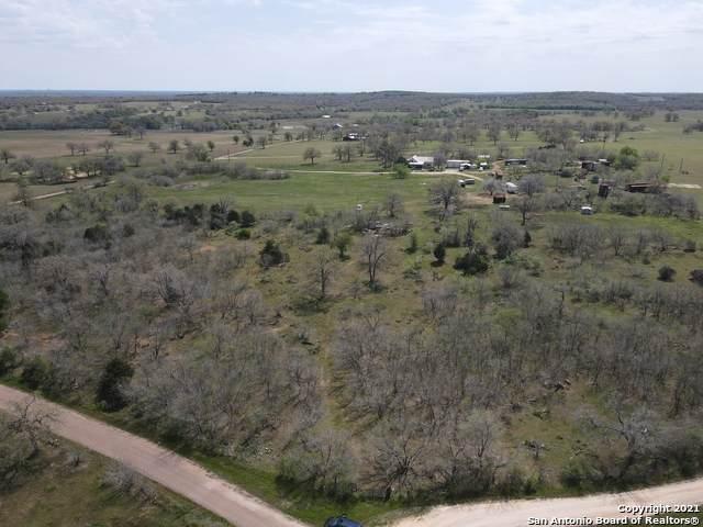 62 Cr 249, Gonzales, TX 78629 (MLS #1517542) :: Williams Realty & Ranches, LLC