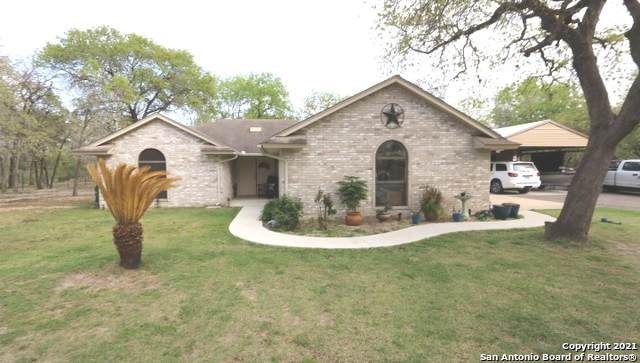 122 Montesito Ln, Floresville, TX 78114 (MLS #1517550) :: 2Halls Property Team | Berkshire Hathaway HomeServices PenFed Realty