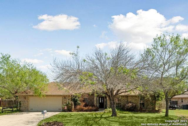 110 Woodland Dr, Pleasanton, TX 78064 (MLS #1517667) :: Vivid Realty