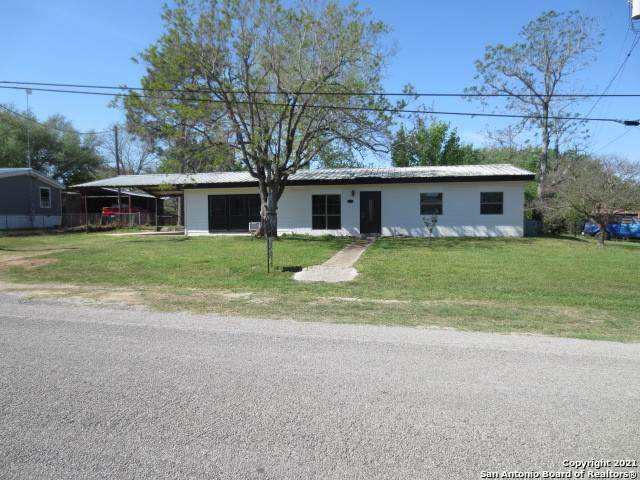 515 4th, Sutherland Springs, TX 78161 (MLS #1517733) :: The Lugo Group