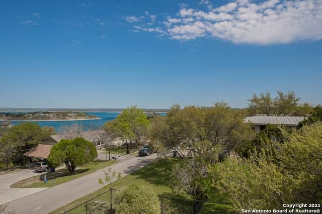 525 Village View Dr, Canyon Lake, TX 78133 (MLS #1517809) :: Vivid Realty