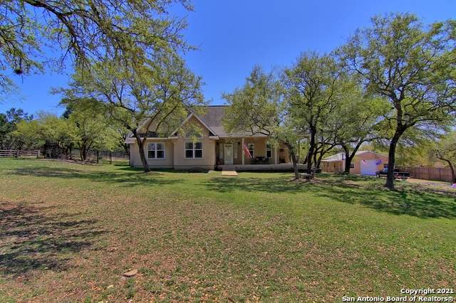644 Gallagher Dr, Canyon Lake, TX 78133 (MLS #1517895) :: The Lugo Group