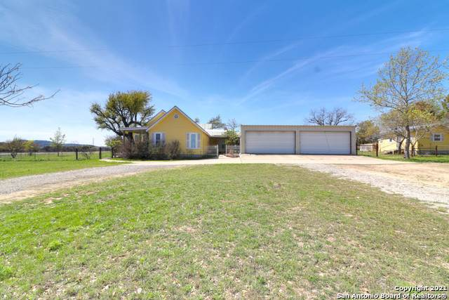 130 Wiedenfeld Ln, Comfort, TX 78013 (MLS #1517911) :: Tom White Group