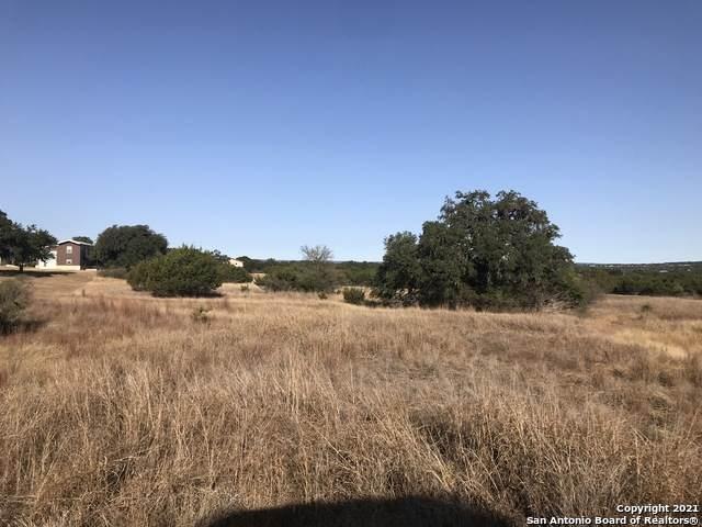 39 Lariat Trace, Bandera, TX 78003 (MLS #1517929) :: The Lugo Group