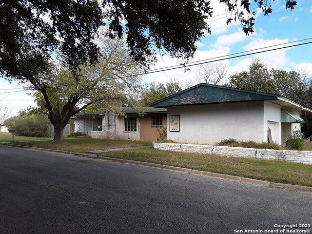 205 S 4th St, Kenedy, TX 78119 (MLS #1517952) :: Tom White Group