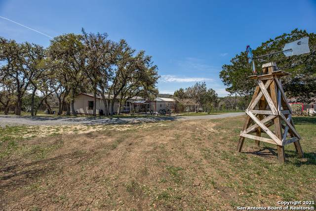 579 Live Oak Tr, Tarpley, TX 78883 (MLS #1518036) :: The Lugo Group