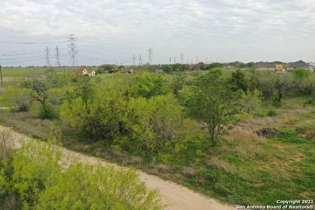 5750 Beck Rd, San Antonio, TX 78263 (MLS #1518120) :: Concierge Realty of SA