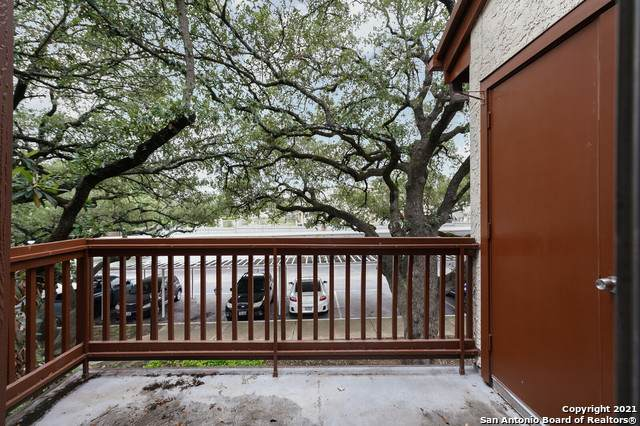 10527 Perrin Beitel Rd D204, San Antonio, TX 78217 (MLS #1518126) :: The Mullen Group | RE/MAX Access