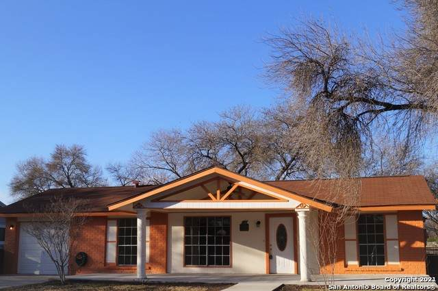 5851 Castle Run, San Antonio, TX 78218 (MLS #1518157) :: The Lugo Group