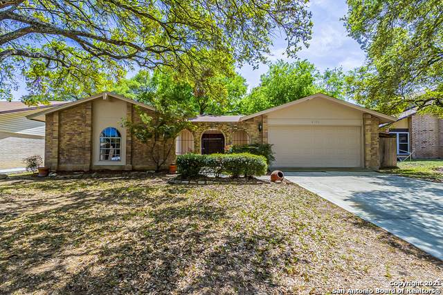 6106 Windbrooke St, San Antonio, TX 78249 (MLS #1518179) :: 2Halls Property Team | Berkshire Hathaway HomeServices PenFed Realty