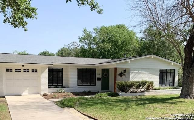 711 Robinhood Pl, San Antonio, TX 78209 (MLS #1518266) :: Vivid Realty