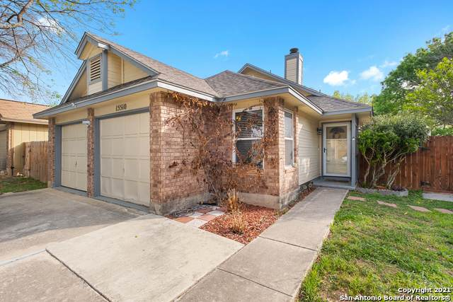 15510 Knollglade, San Antonio, TX 78247 (MLS #1518462) :: The Lopez Group