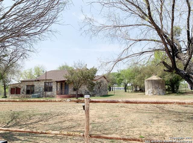 16165 S Evans Rd, Von Ormy, TX 78073 (MLS #1518546) :: Concierge Realty of SA