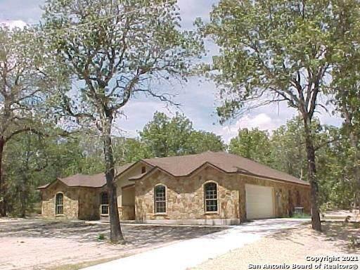 140 Wild Stallion Dr, La Vernia, TX 78121 (MLS #1518753) :: The Lopez Group