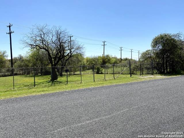 23460 Sherry, San Antonio, TX 78264 (MLS #1518828) :: 2Halls Property Team | Berkshire Hathaway HomeServices PenFed Realty