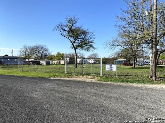2315 Rabbit Nook, San Antonio, TX 78253 (MLS #1518834) :: Neal & Neal Team