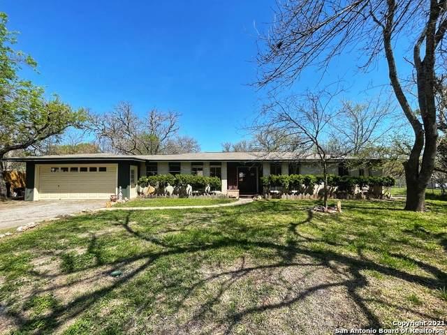 129 Elm Way, Kerrville, TX 78028 (MLS #1518853) :: The Gradiz Group