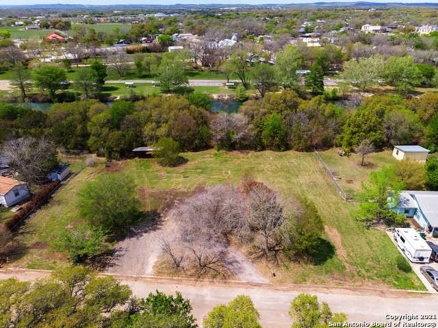 307 Misty River Run, Blanco, TX 78606 (MLS #1518955) :: The Lopez Group