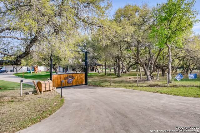 1461 Acacia Pkwy, Spring Branch, TX 78070 (MLS #1518972) :: The Lopez Group