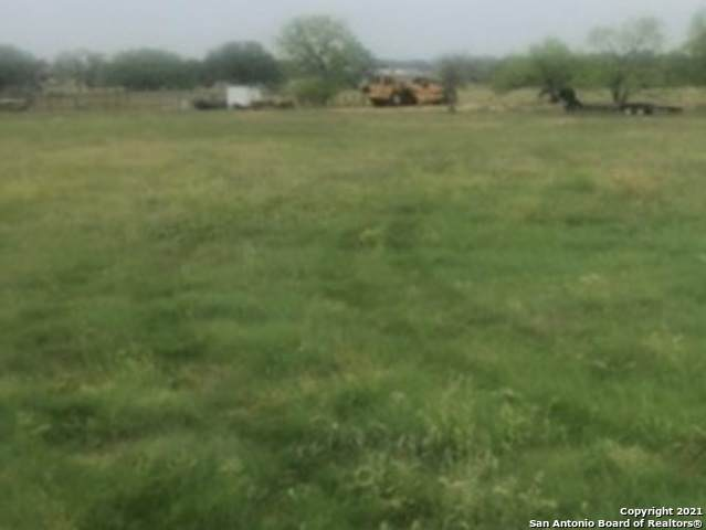10 Acres County Rd 344, La Vernia, TX 78121 (MLS #1519122) :: The Glover Homes & Land Group