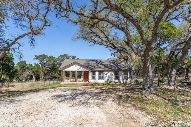 2194 Deer Run Pass, Canyon Lake, TX 78133 (MLS #1519144) :: REsource Realty