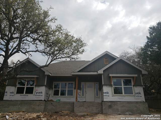 1895 Live Oak Dr, Canyon Lake, TX 78133 (MLS #1519191) :: The Glover Homes & Land Group