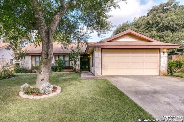 7255 Enchanted Flame St, San Antonio, TX 78250 (MLS #1519221) :: 2Halls Property Team | Berkshire Hathaway HomeServices PenFed Realty