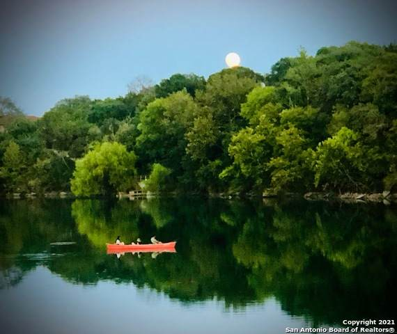 301 Lake View Dr, Boerne, TX 78006 (MLS #1519281) :: Exquisite Properties, LLC