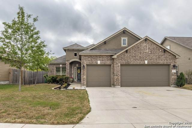 3582 High Cloud Dr, New Braunfels, TX 78130 (MLS #1519327) :: The Lugo Group