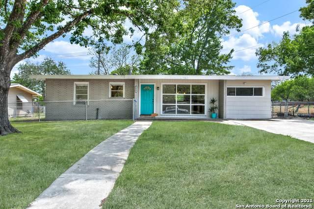 418 Craigmont Ln, San Antonio, TX 78213 (MLS #1519395) :: Vivid Realty